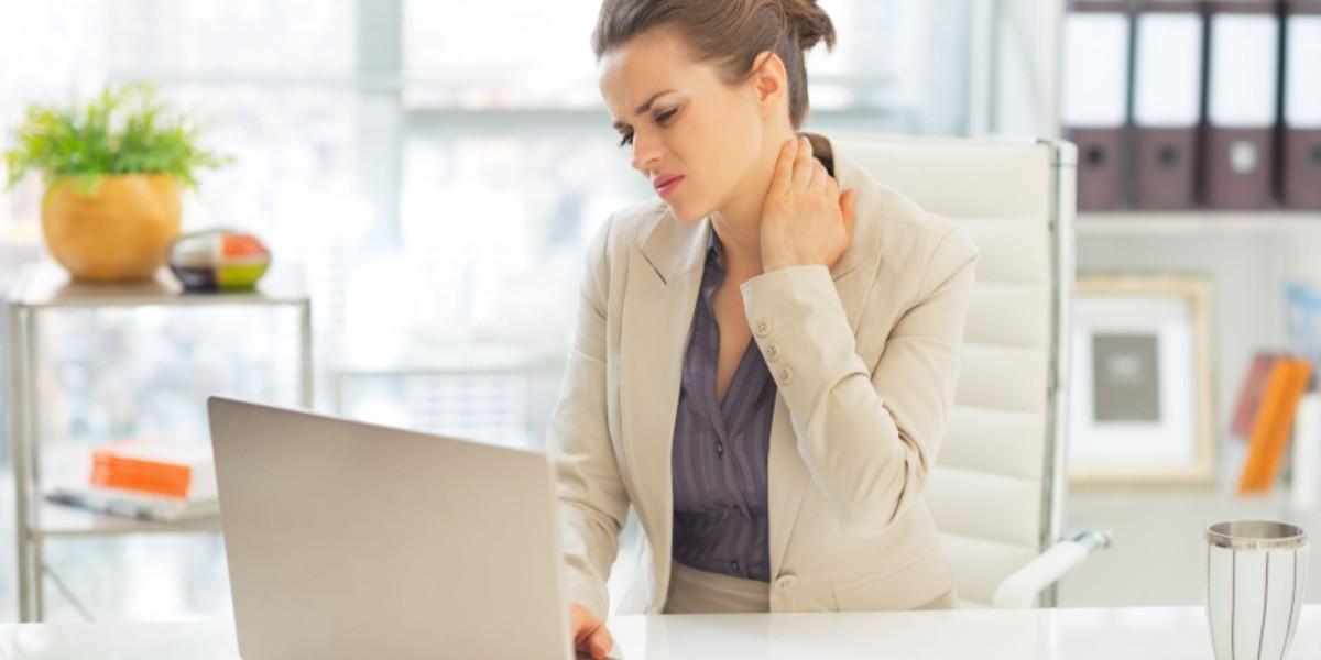 Joga za lajšanje bolečin v vratu in ramenih