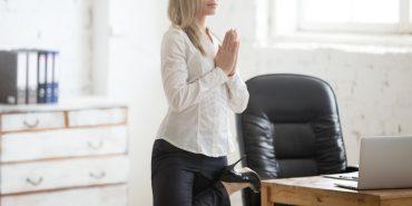joga v pisarni - joga na delovnem mestu